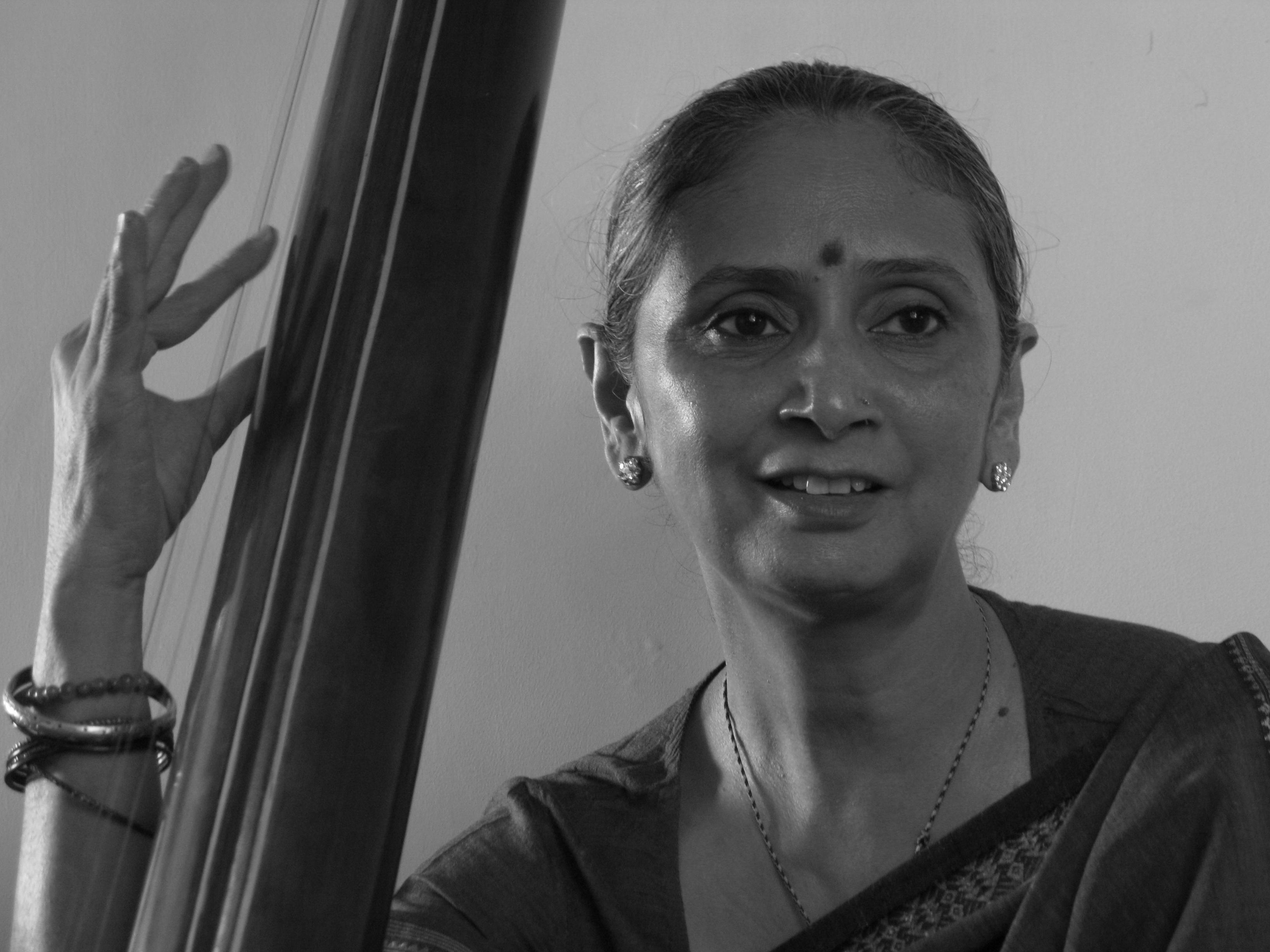 Dr Rakhshanda Jalil